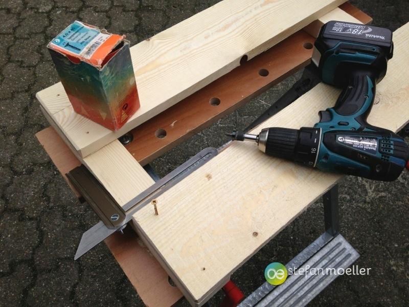 holztisch f r den garten selber bauen stefan moeller. Black Bedroom Furniture Sets. Home Design Ideas