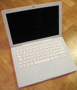 Verkaufe mein Apple MacBook (Verkauft!)